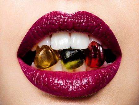 Beauty Purple Lipstick Gummies Candy