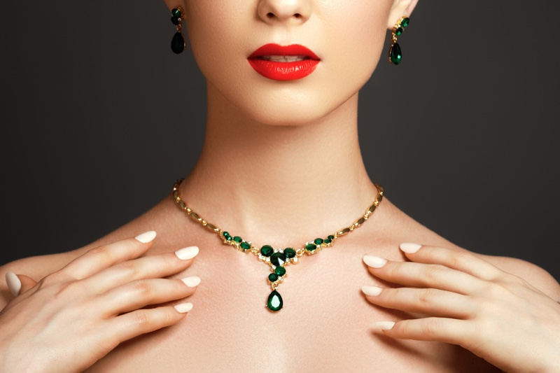 Closeup Model Emerald Earrings Necklace Red Lipstick