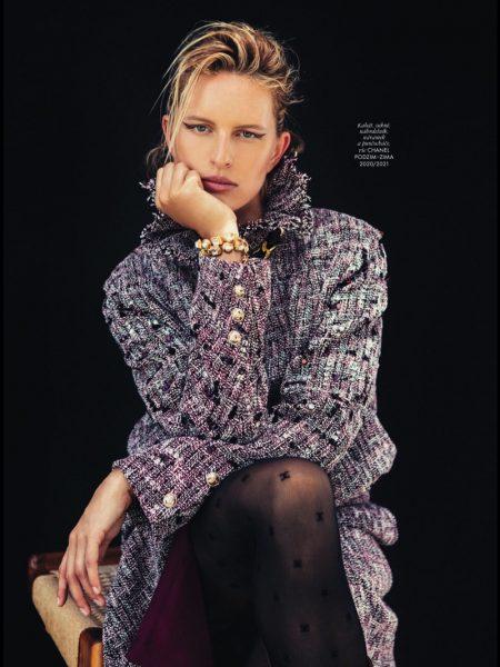 Karolina Kurkova Looks Chic in Chanel for ELLE Czech