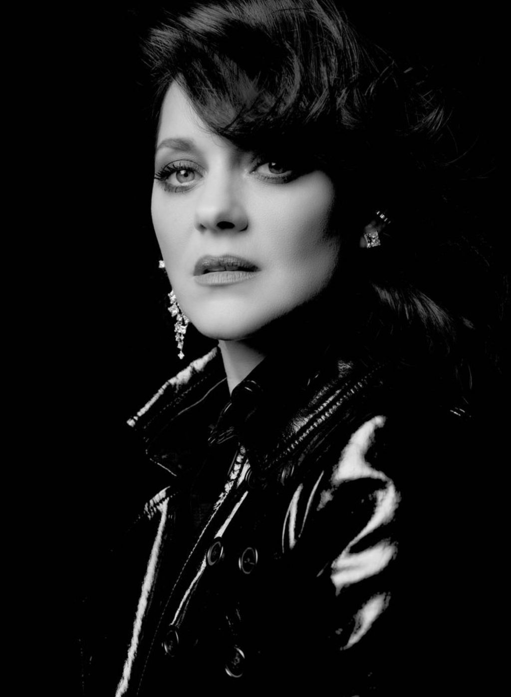 Marion Cotillard stars in Chopard Ice Cube jewelry campaign.