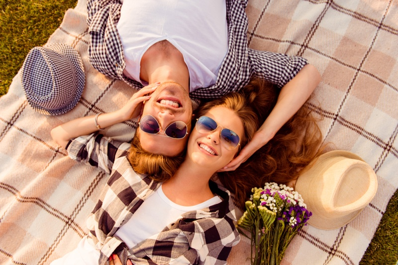 Smiling Couple Date Plaid Blanket Flowers Picnic