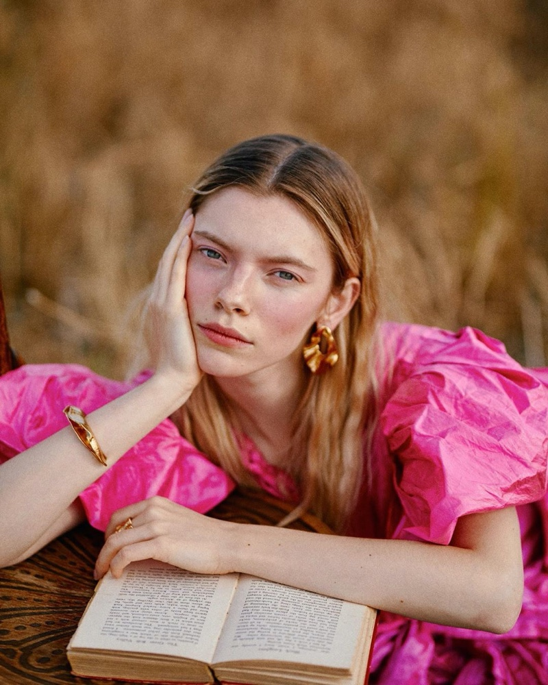 TaminaZakrzewski Enchants for Mode Magazine China