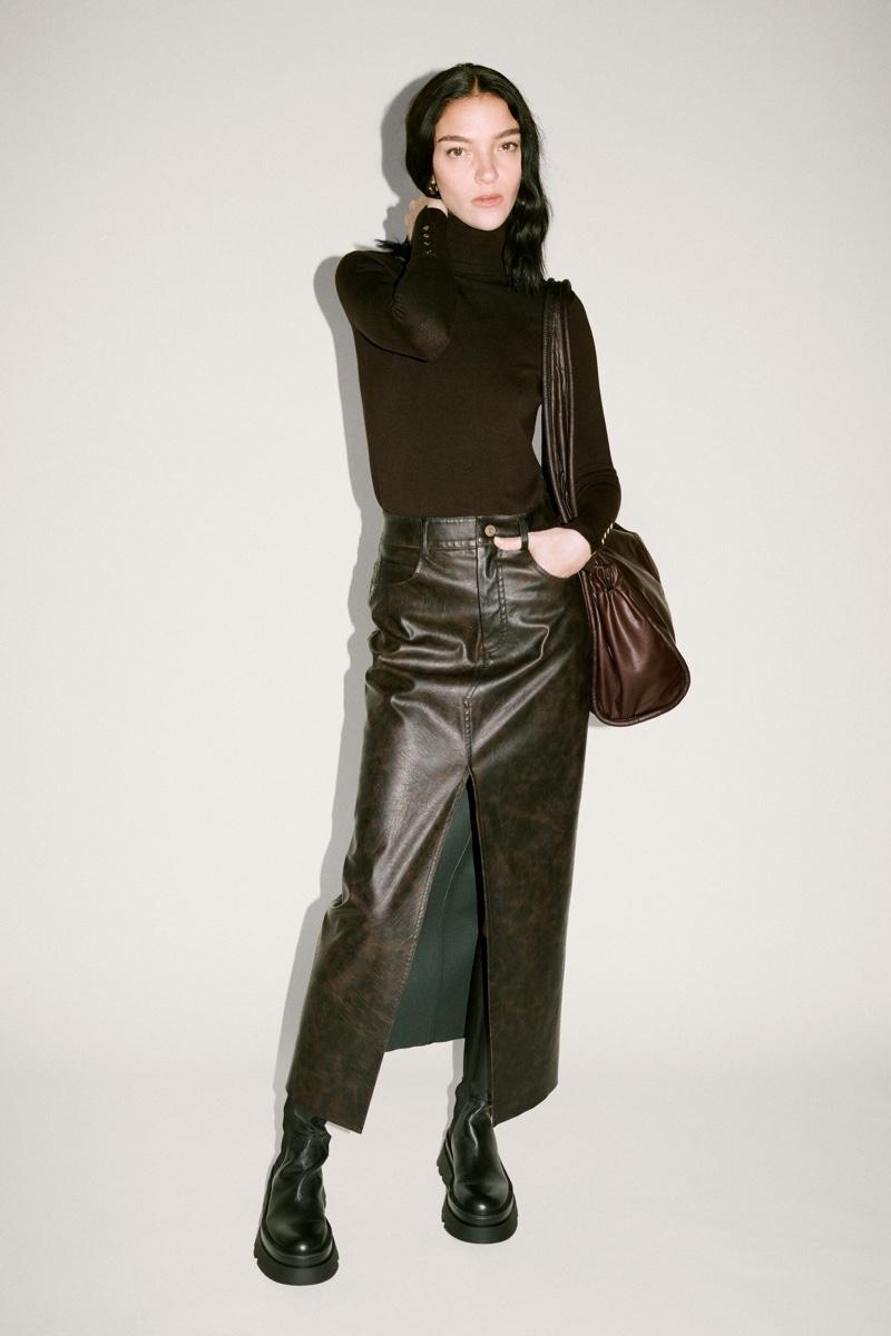 Mariacarla Boscono shows off Zara's faux leather designs.