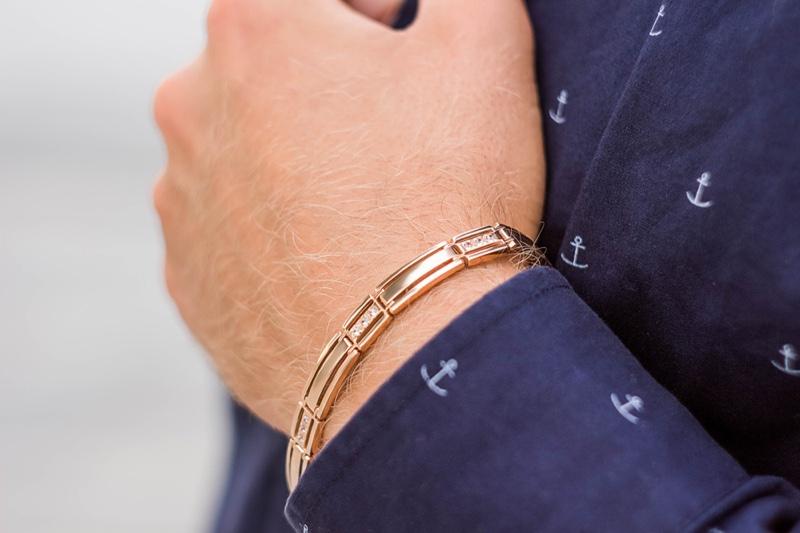 Closeup Man Gold Bracelet