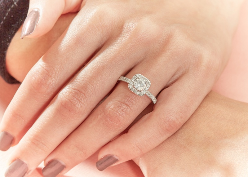 Engagement Ring Solitaire Pave Style Hand