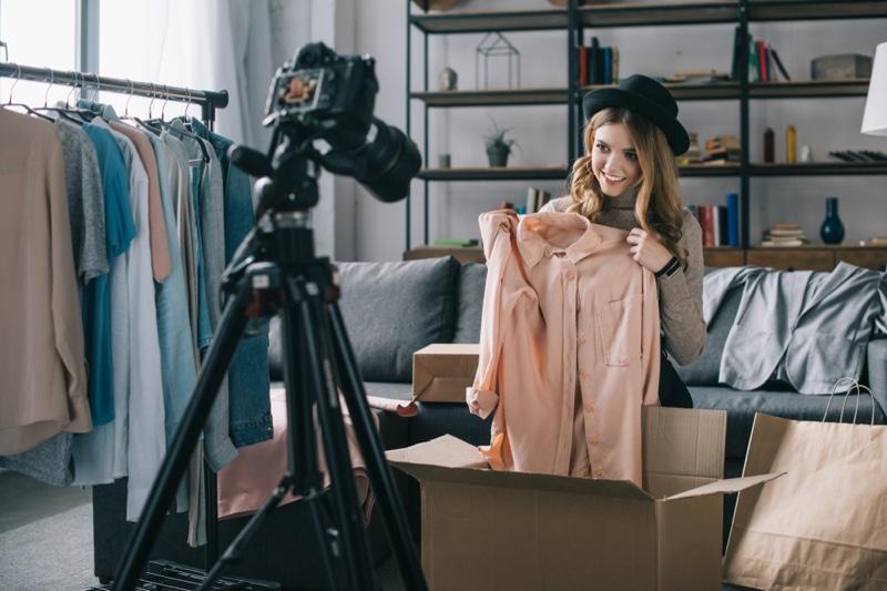 Fashion Vlogger Blogger Showing Clothing Camera Tripod