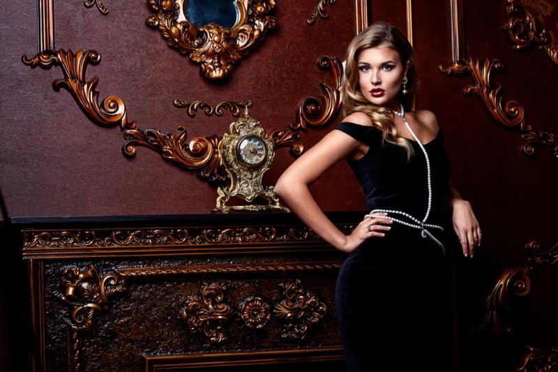Glam Fashion Model Vintage Inspired Interior Decor