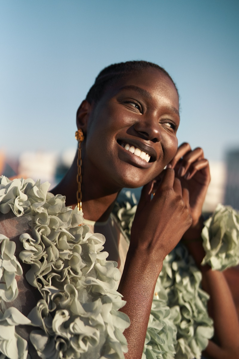 Recycled and sustainable materials take the focus in H&M Conscious Exclusive fall-winter 2020 collection.