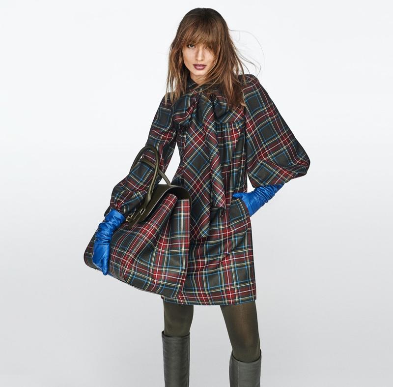 Wearing plaids, Giulia Maenza fronts Luisa Spagnoli fall-winter 2020 campaign.