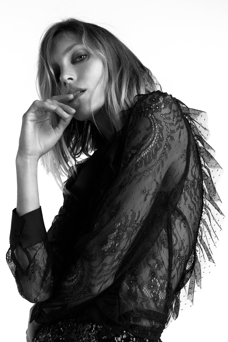 Anja Rubik poses in Zara's party styles for fall-winter 2020.