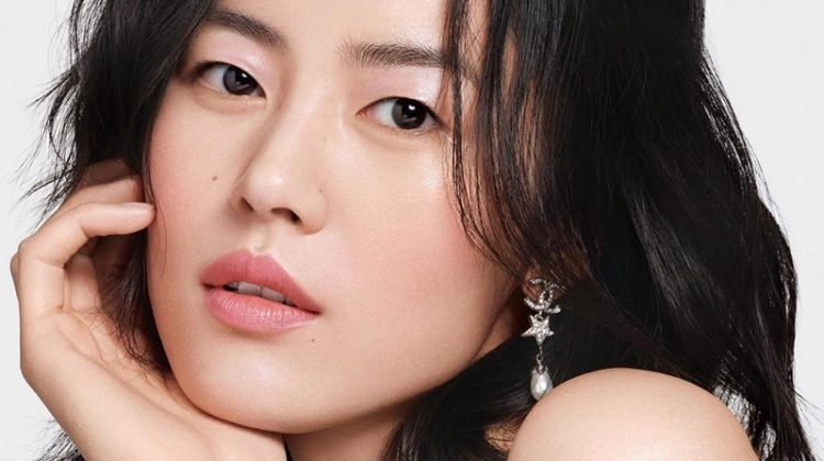 Liu Wen appears in Chanel Colours of Chanel makeup campaign.