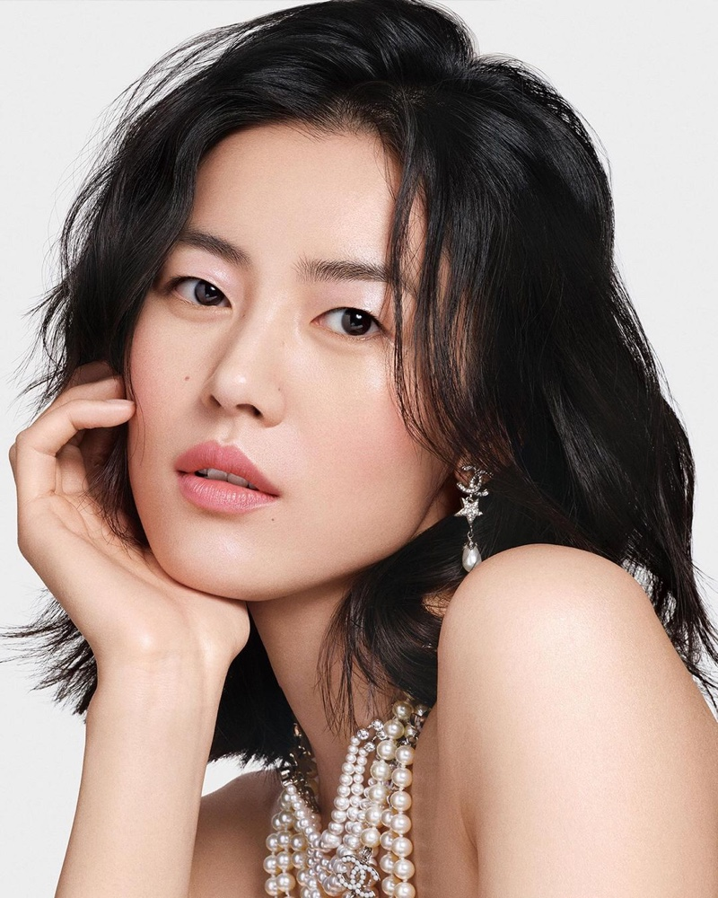 Liu Wen Stuns for Chanel 'Colours of Chanel' Makeup