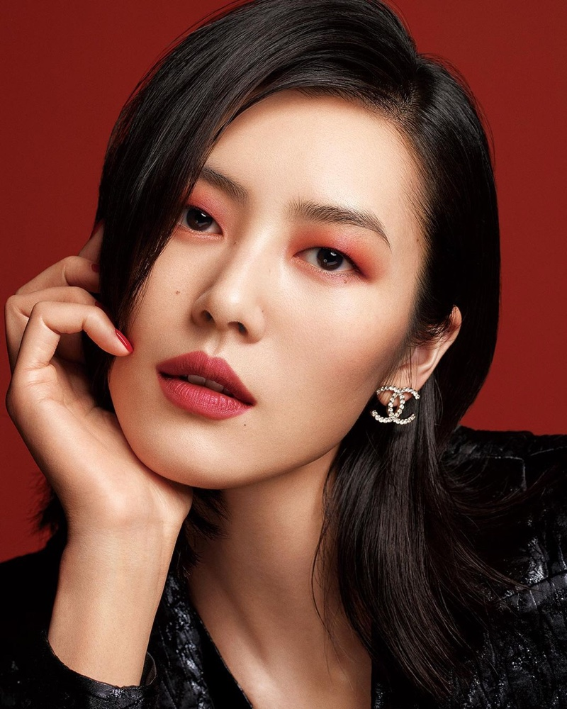 Liu Wen wows in red for Chanel Colours of Chanel makeup campaign.