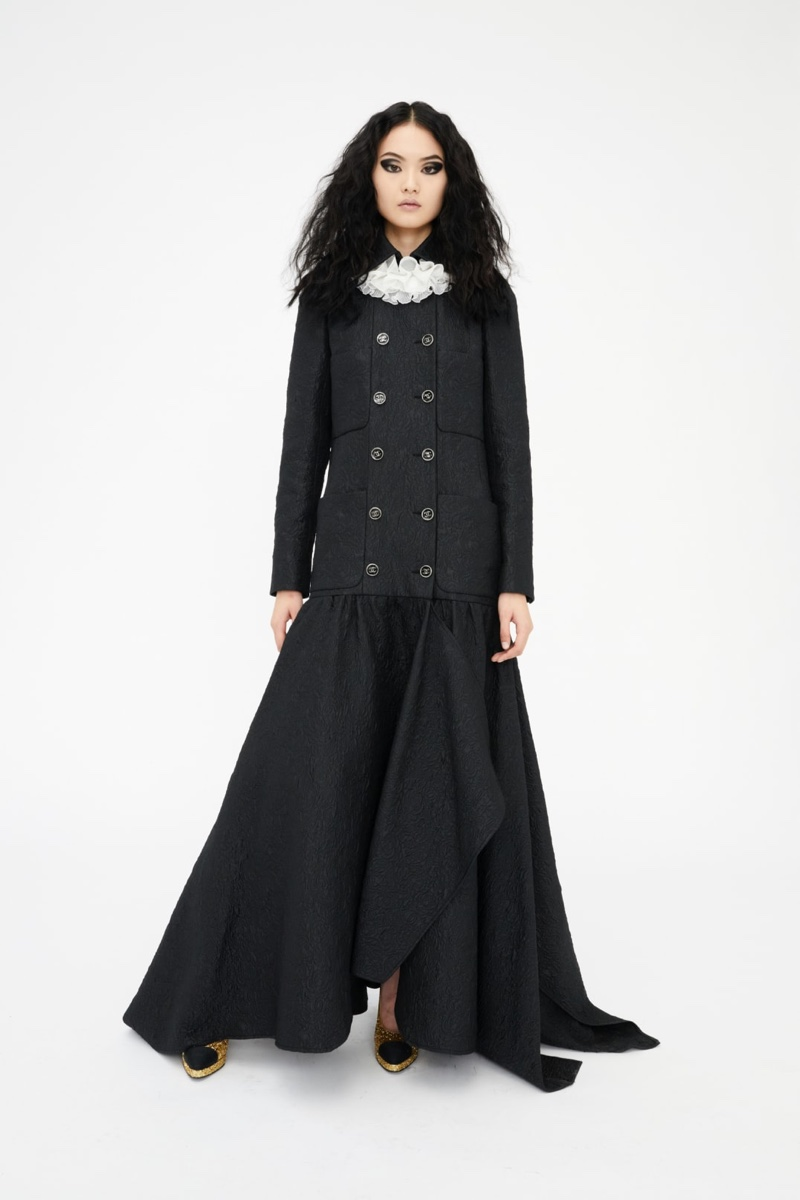 Chanel features long silhouettes in Métiers d'Art pre-fall 2021 collection.
