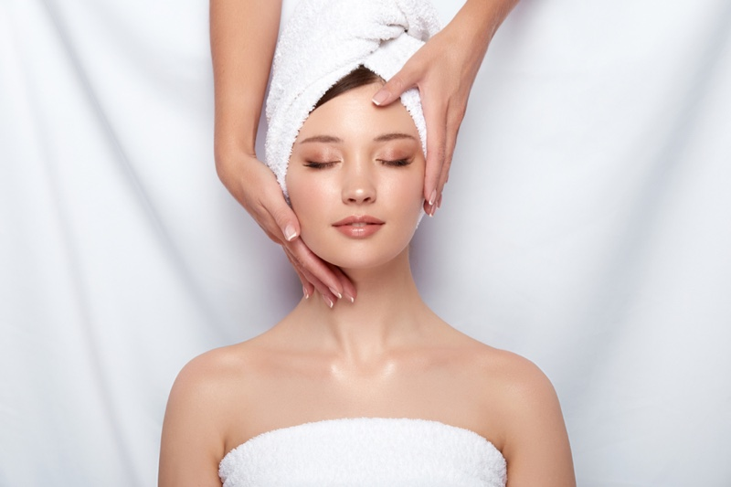 Model Beauty Face Skin Treatment