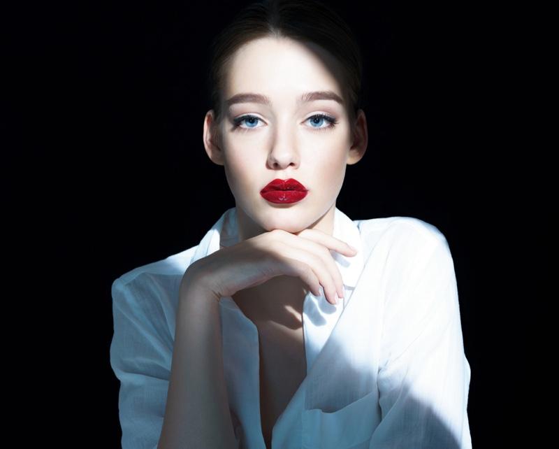 Model Shadow Light Fashion Show White Shirt
