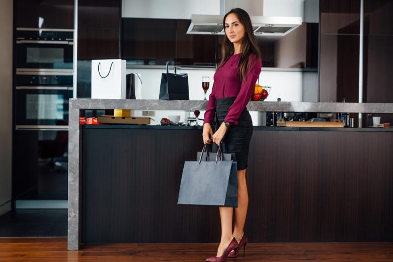 Stylish Woman Modern Kitchen Shopping Bags
