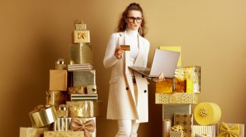 Thinking Woman Card Laptop Gold Gifts Online Shopping Fashion