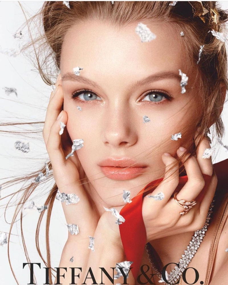 Tiffany & Co. unveils Tiffany eau de parfum Holiday 2020 campaign.