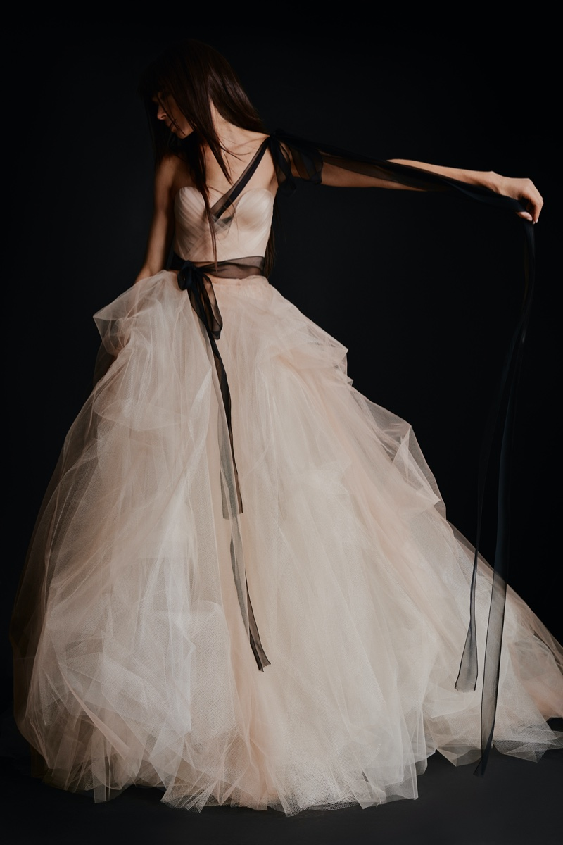 Vera Wang Bridal Delivers Bold Looks for Fall 2021