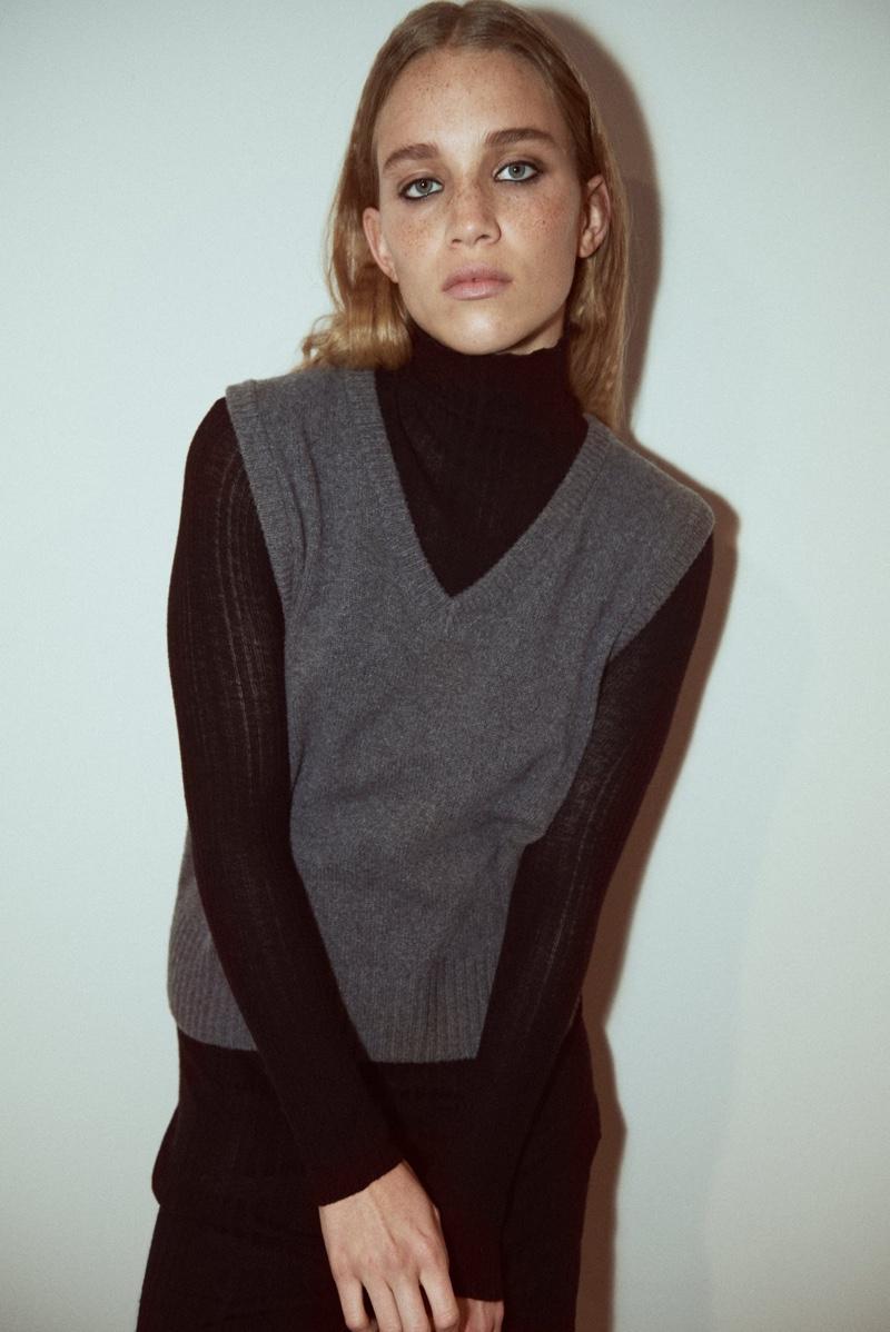 Rebecca Leigh Longendyke Models Zara's Holiday Leisurewear
