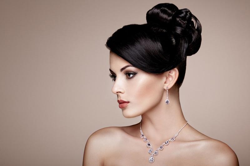 Beauty Model Diamond Earrings Necklace Elegant Updo Hairstyle