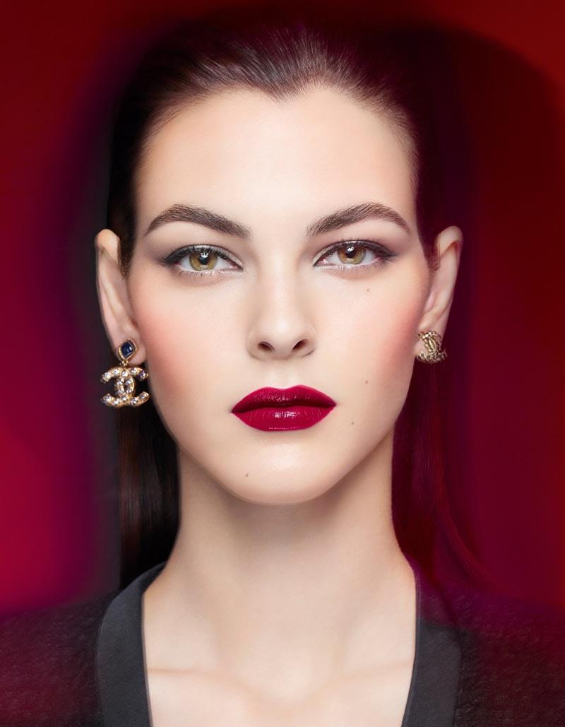 Vittoria Ceretti fronts Chanel Rouge Allure Lacque campaign.