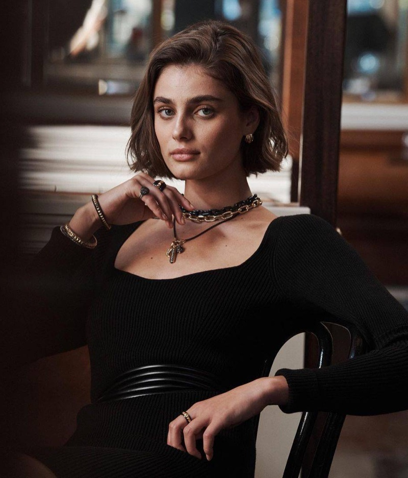 An image from David Yurman's spring 2021 advertising campaign.