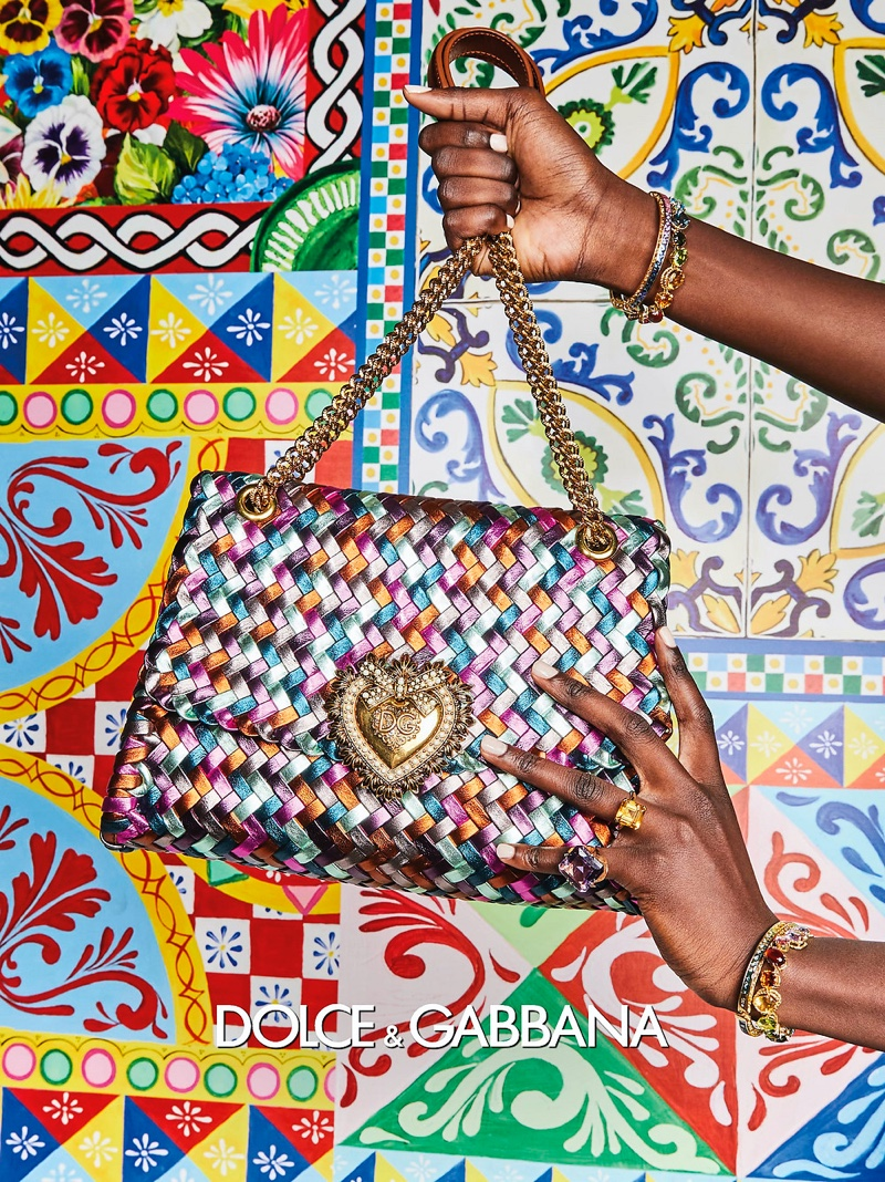 Dolce & Gabbana focuses on handbags with spring-summer 2021 campaign.
