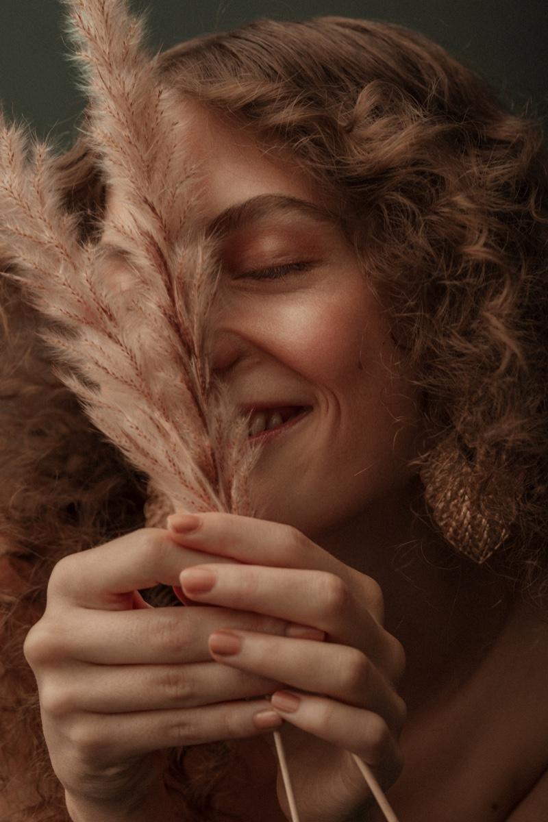 Emily Winter Models Soft Beauty for ELLE Arabia