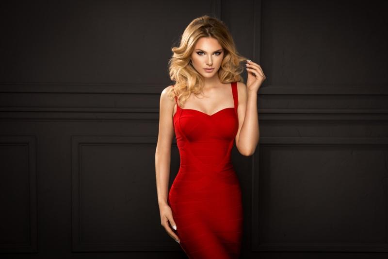 Model Bodycon Red Bandage Dress