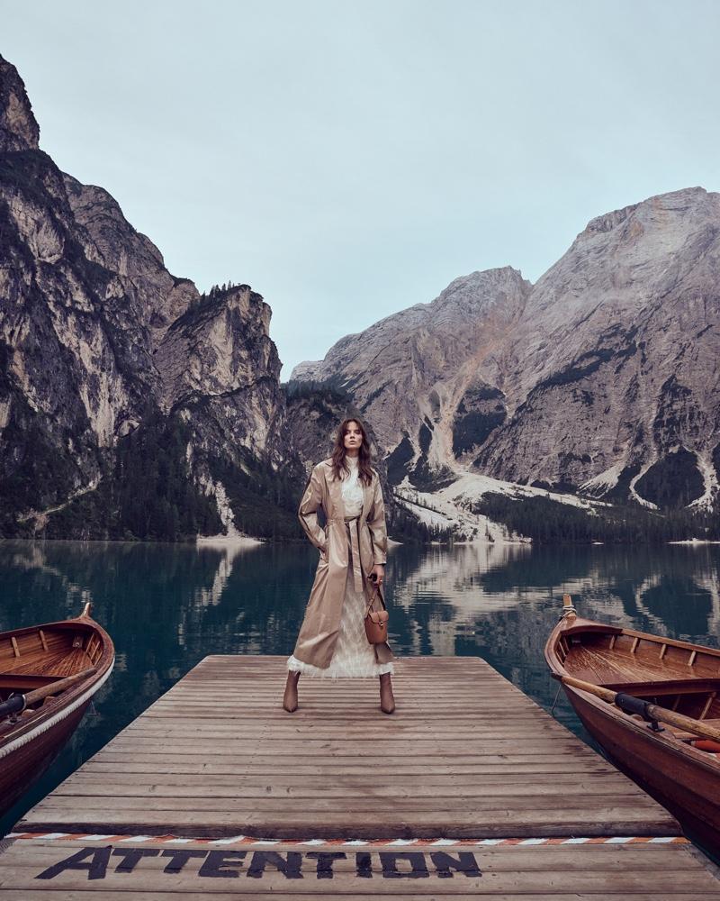 Roberta Cardenio Embraces Layered Fashion for Cosmopolitan Bulgaria