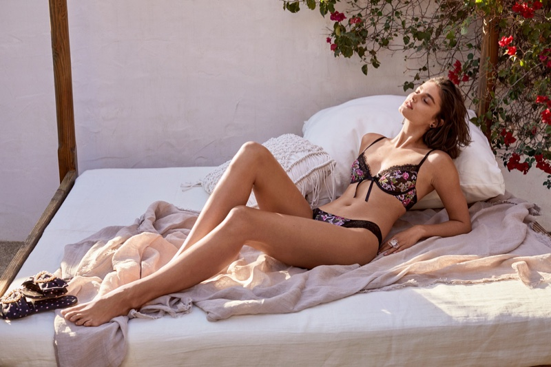 Taylor Hill models Victoria's Secret Dream Angels unlined demi floral bra and panty set.