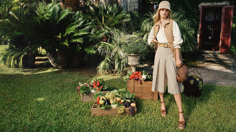 Jean Campbell poses outdoors in Weekend Max Mara spring-summer 2021 campaign.
