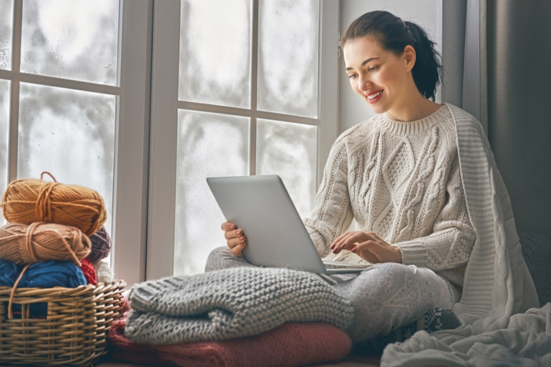 Woman Stylish Cable Knit Sweater Blanket Laptop Relaxation