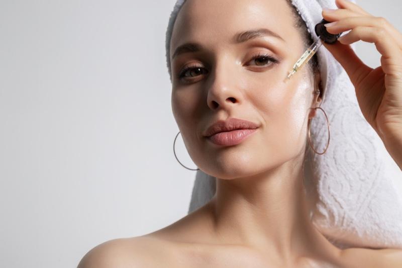 Woman Beauty Oil Dropper Natural Skin Hoop Earrings