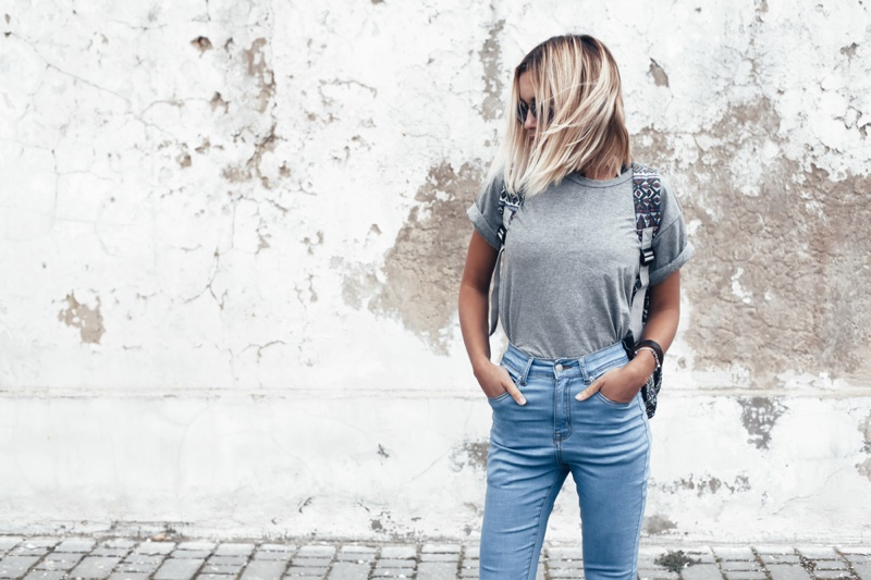 Woman Grey T-Shirt Slim Fit Blue Jeans Blonde