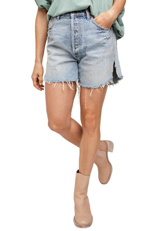 Women's Free People Baggy Tomboy Denim Shorts, Size 28 - Blue