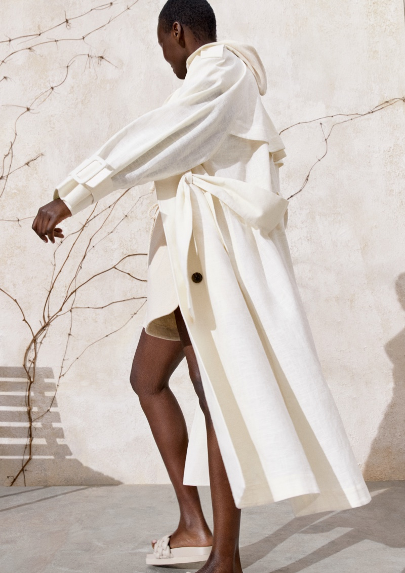 Ariish Wol poses for H&M spring 2021 campaign.