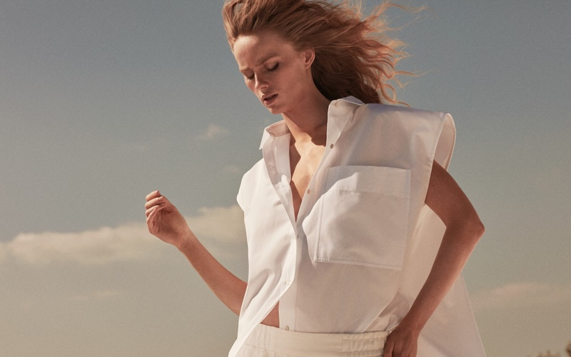 Rianne van Rompaey poses in Massimo Dutti Limited Edition spring-summer 2021 campaign.