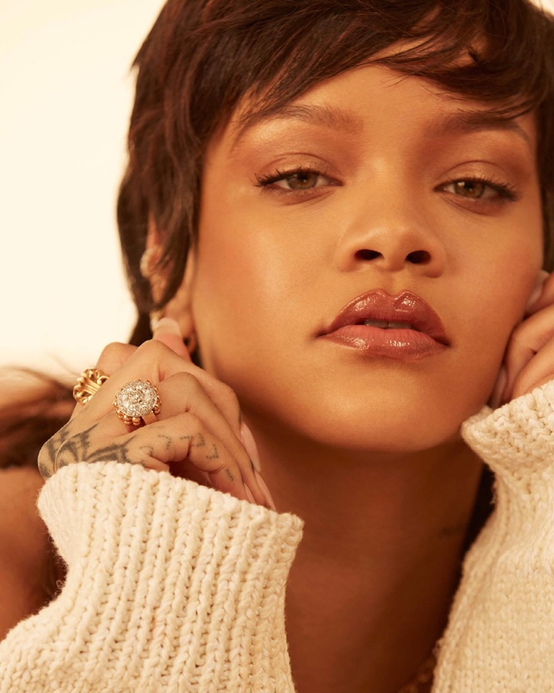 Rihanna poses for Fenty Beauty Eaze Drop campaign.