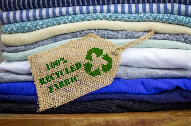 100% Recycled Fabric Tag Clothing
