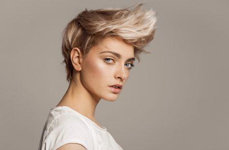 Blonde Short Hairstyle Model Trendy