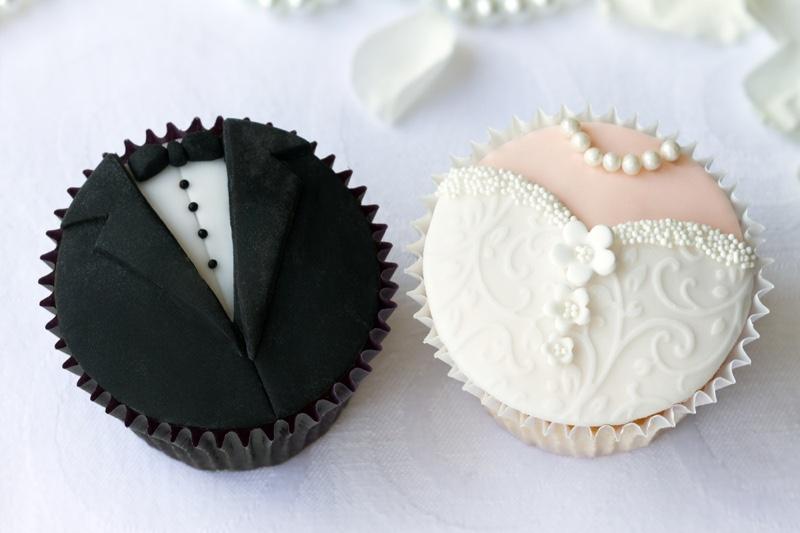 Cupcakes Groom Bride Decorations Dessert Food Wedding