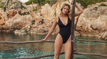 Edita Vilkeviciute poses in Mango 2021 swimwear.