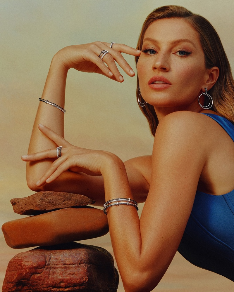 Jewelry brand Vivara unveils Gisele Bundchen Mother's Day 2021 campaign.