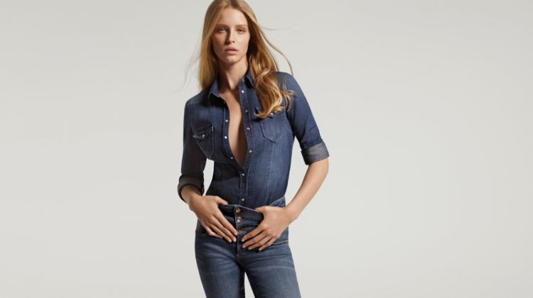 Abby Champion rocks denim for Liu Jo spring-summer 2021 campaign.