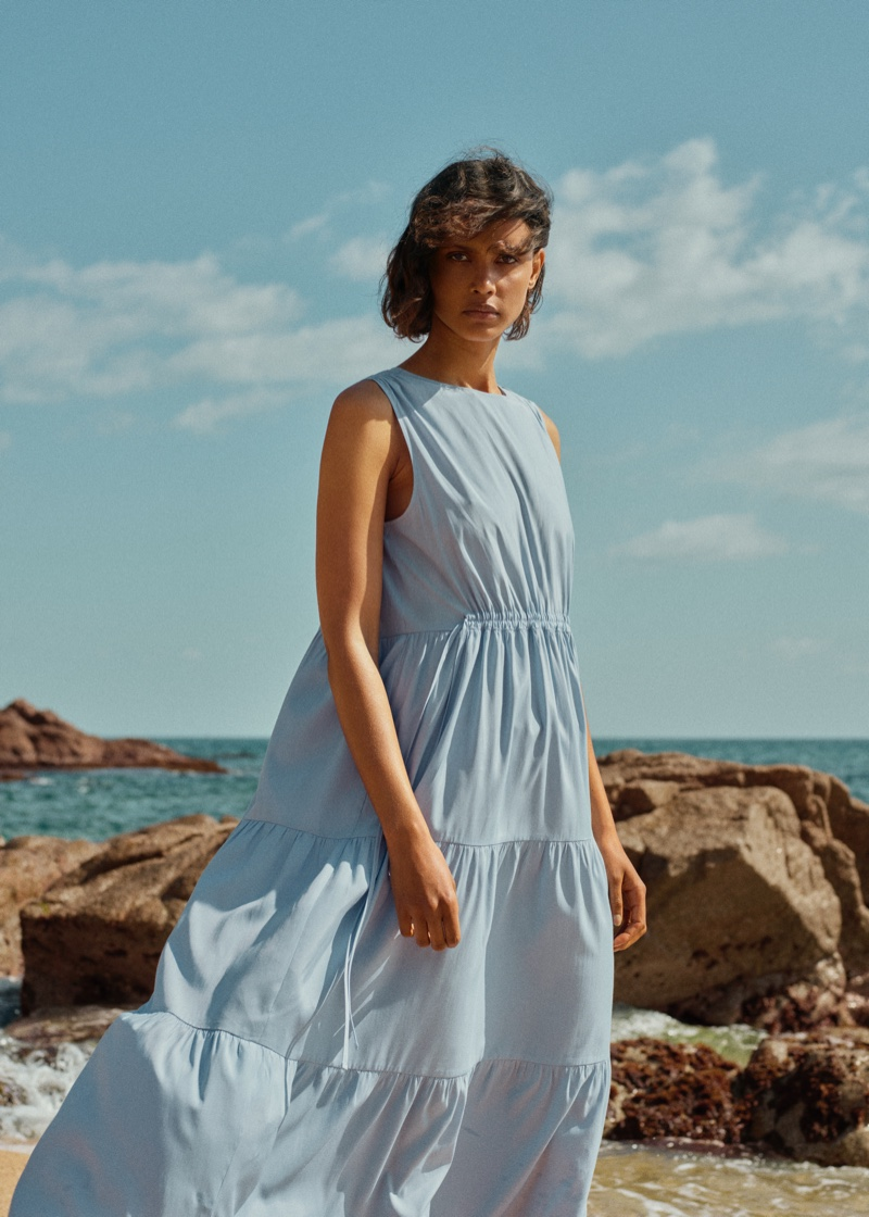 Malaika Holmen in Mango Committed Effortless spring-summer 2021 collection.