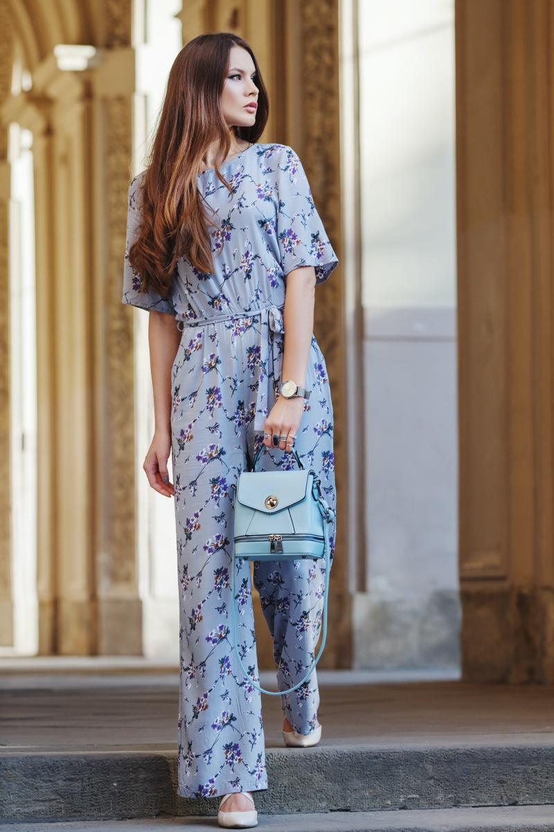 Model Floral Print Blue Jumpsuit