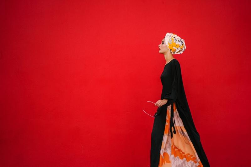 Modest Dressing Middle Eastern Woman Head Wrap